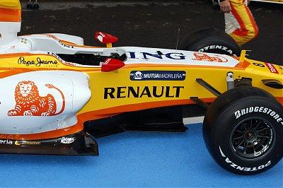R28 Launch in Paris