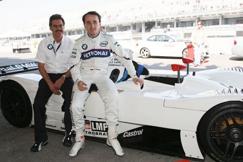 Kubica drives LM car2 reduced