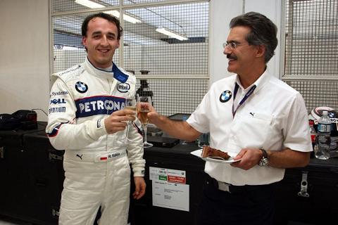Kubica drives LM car3 reduced